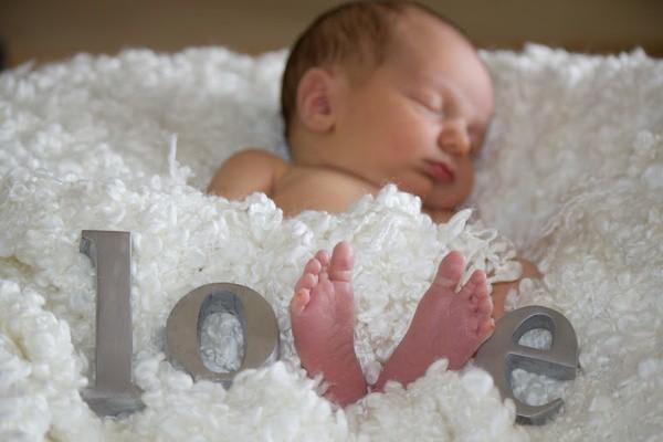 bébé,grossesse,frère,soeur,amour maternel,accouchement,famille